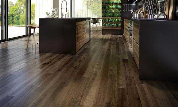 https://brazilfloors.com/wp-content/uploads/2020/08/ambiance-plancher-de-bois-erable-brun-charme-organik-rustica-designer-lauzon.jpg